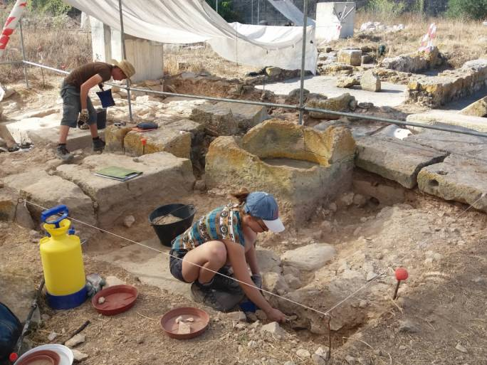 The site was abandoned until 2006 when a team from the Department of Classics and Archaeology of the University of Malta was invited to re-investigate the area