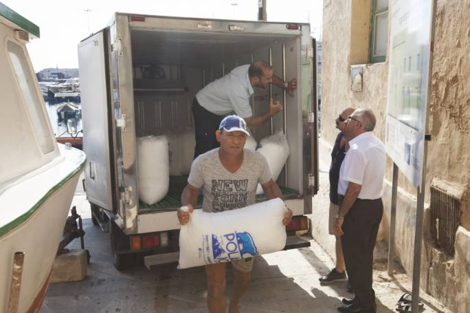 A truck-load of ice was dispatched to Gozo this morning and was distributed to fishermen