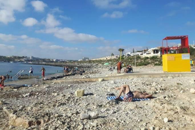 Bathers can now enjoy a deckchair-free Ta' Fra Ben