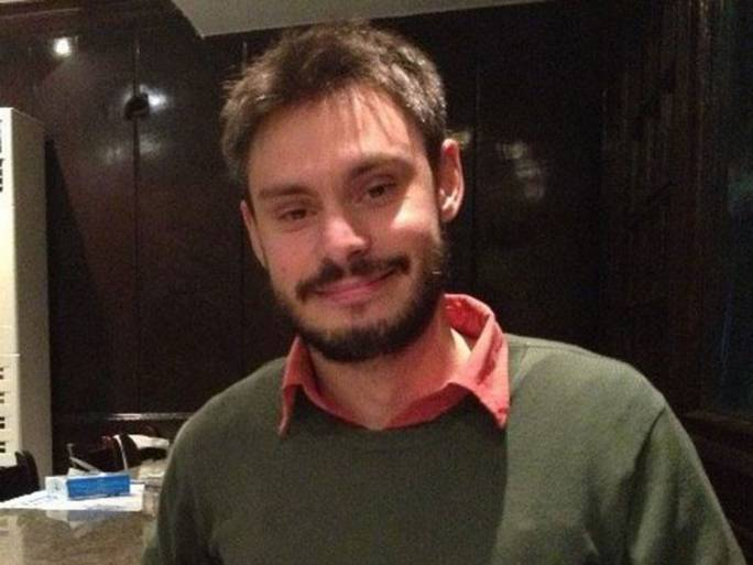 Family of tortured student Guilio Regeni accuse Italy of surrender
