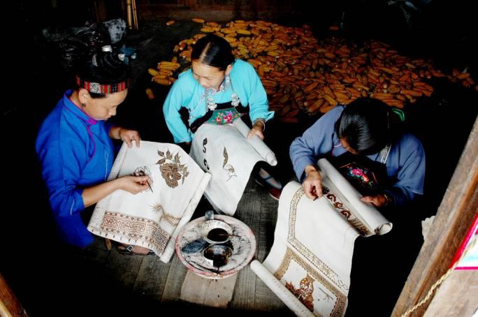 Guizhou Batik dyeing: An intangible cultural heritage
