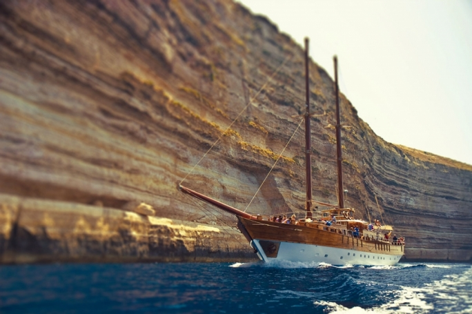 La Belle Musique music festival kicks off with a boat party aboard the Hera