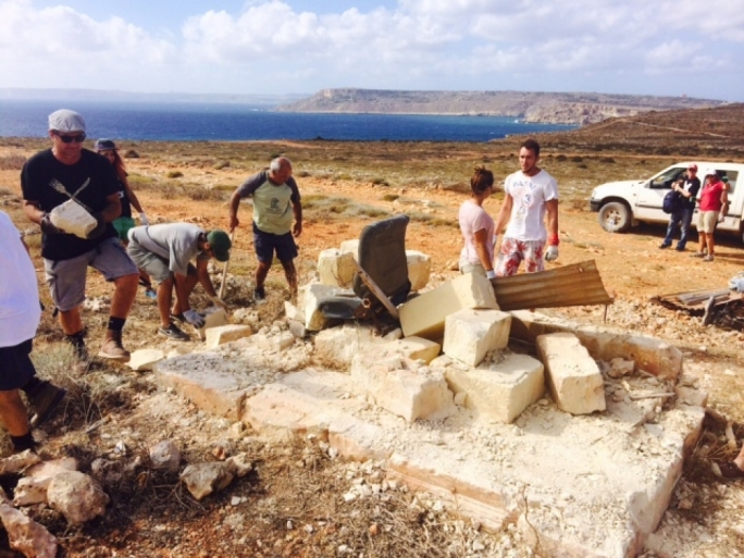 Trapping structures being removed from the Majjistral nature park in 2014