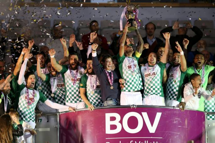 Steve Pisani lifting the BOV Super Cup trophy. Photo: Christine Borg