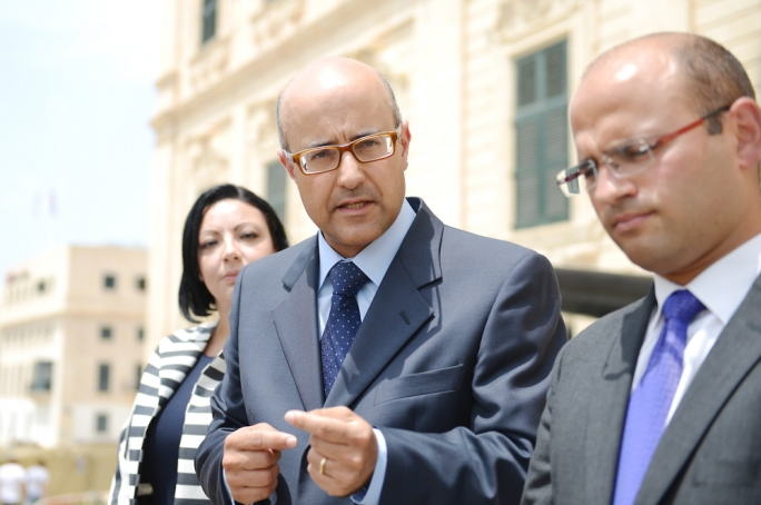 PN MP Jason Azzopardi lambasted Konrad Mizzi's reluctance to testify in a libel case against him