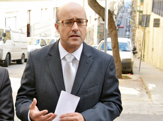 Speaker finds Jason Azzopardi in breach of privilege over Chris Cardona tweet