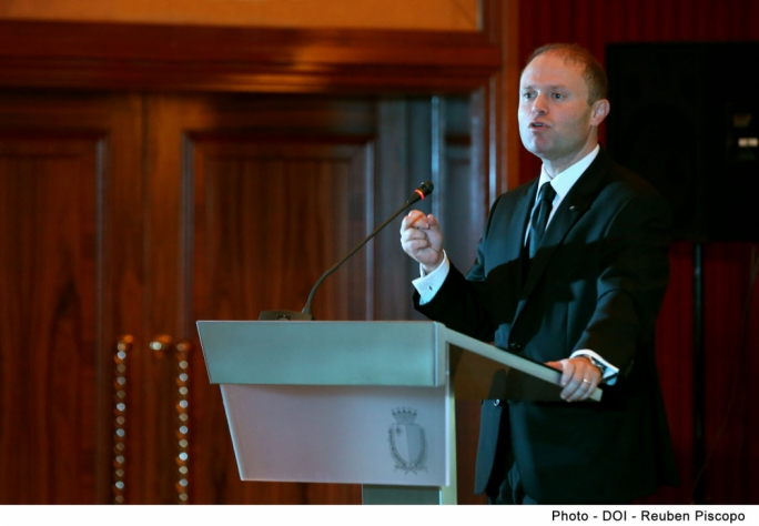 Prime Minister Joseph Muscat said the government had used last month's budget speech to send a clear signal that the minimum wage was no longer adequate (Photo: DOI)