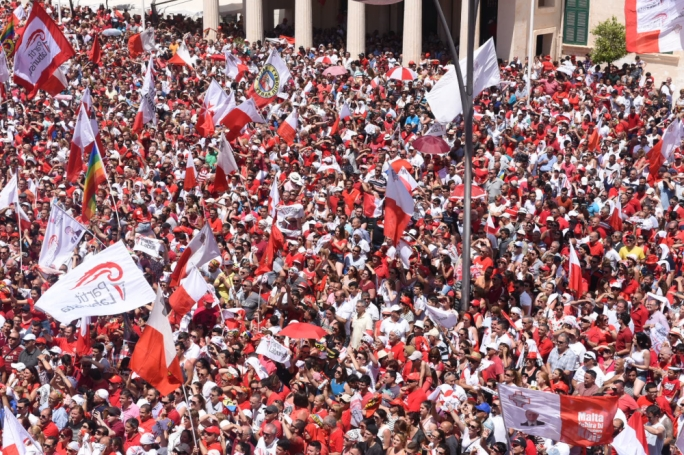 Labour supporters have descended on Valletta for the swearing in of party leader Joseph Muscat (Photos: James Bianchi / MaltaTday)