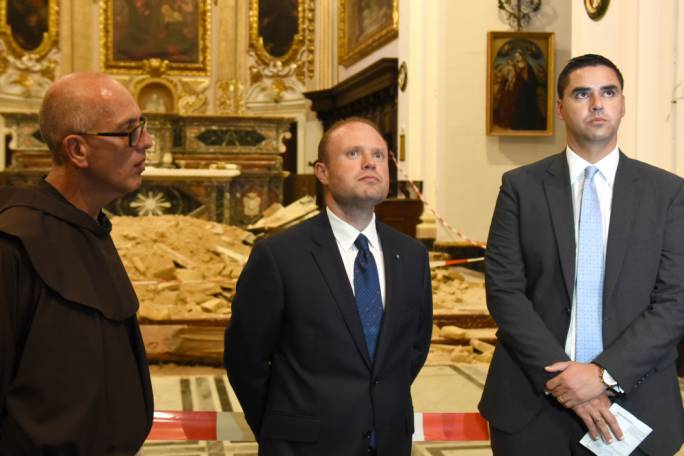 Prime Minister Joseph Muscat and infrastructure minister Ian Borg inspect the ceiling (Photo: James Bianchi/MediaToday)