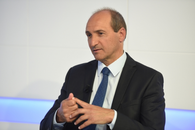 Health minister Chris Fearne