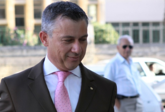 Jeffrey Pullicino Orlando played an important role in the divorce referendum campaign held in 2011.