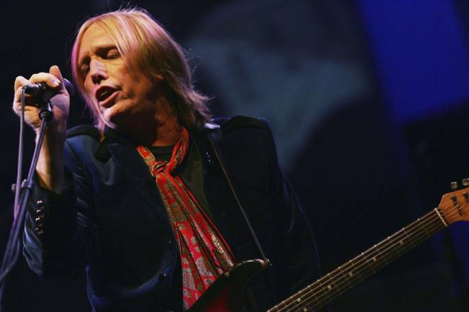 Tom Petty and the Heartbreakers perform at the Verizon Wireless Amphitheatre on 14 August (Photo:Los Angeles Times)