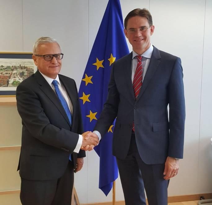 European Court of Auditors member Leo Brincat with EC vice president Jyrki Katainnen