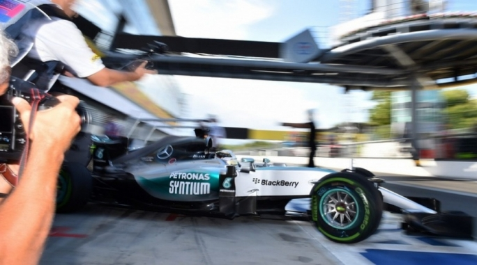 Lewis Hamilton (GBR) Mercedes AMG F1 W06 at Formula One World Championship,