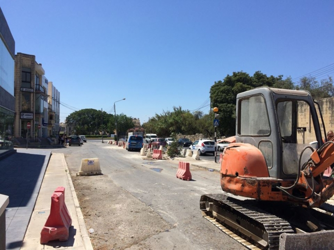 The holm oak trees were removed to expand the south-bound carriageway in Lija