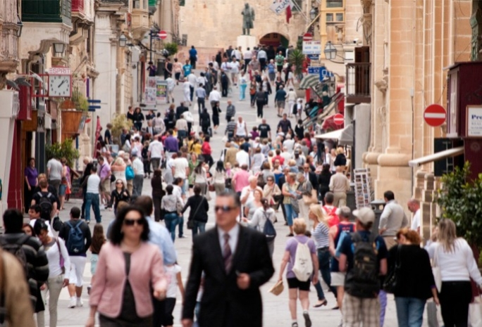 although 53% think the economic situation in Malta is still bad, the Maltese are becoming less gloomy about the economic outlook.