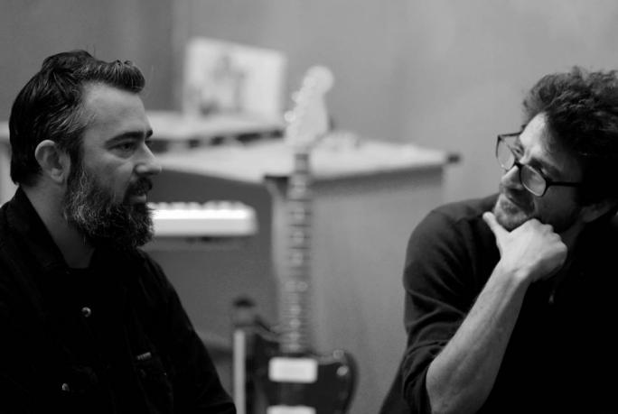 Brikkuni frontman Mario Vella interviewed by Raphael Vassallo (Photo: Chris Mangion/MediaToday)