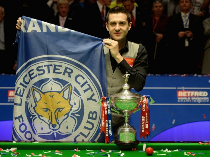 Selby holds up Leicester flag to mark double delight