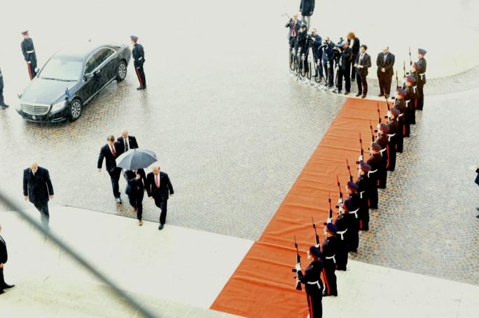 European Parliament President Martin Schulz is escorted to Auberge de Castille (Photo: Chris Mangion/MediaToday)