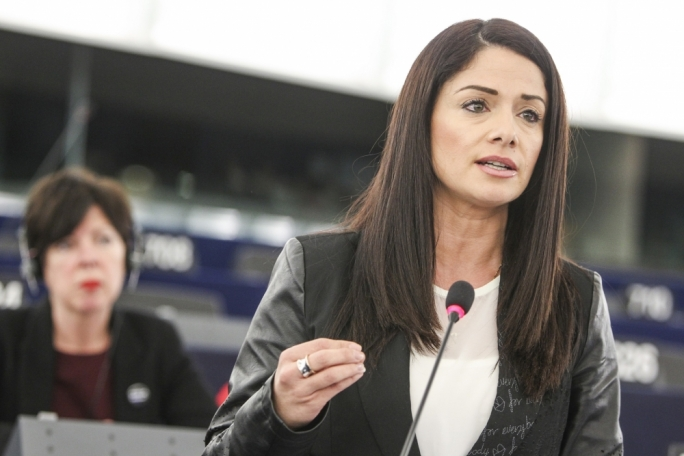 Labour MEP Miriam Dalli asked the commission whether it felt that such veiled threats against a member state were acceptable