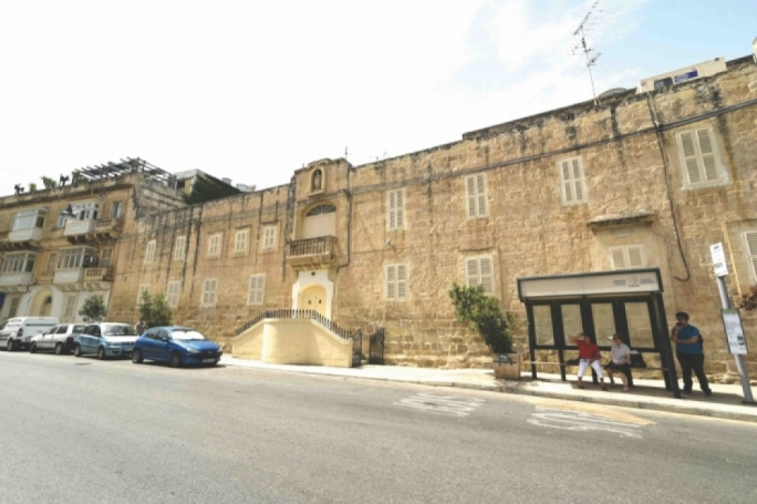 The Bilom Group has applied to restore and convert the scheduled building into a boutique hotel and restaurant