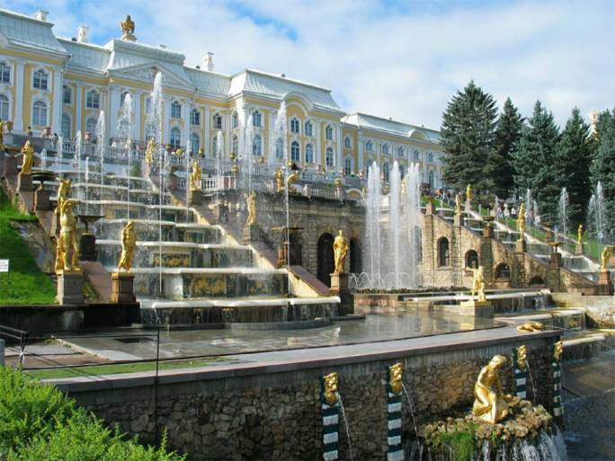 The spectacular Peterhof with its famous fountains of dazzling gold