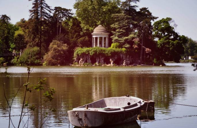 Temple Romantique, in the gardens of Versailles
