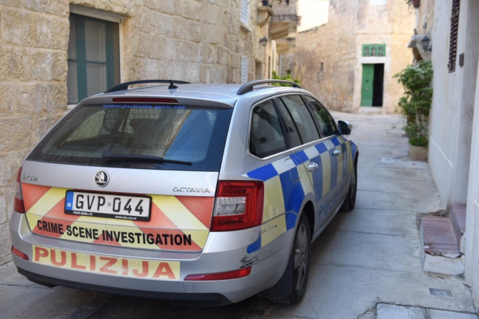 Three arrested in Gzira drugs raid