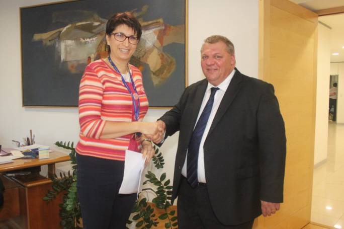 Toni Bezzina submitting his nomination for the PN deputy leadership to secretary general Rosette Thake