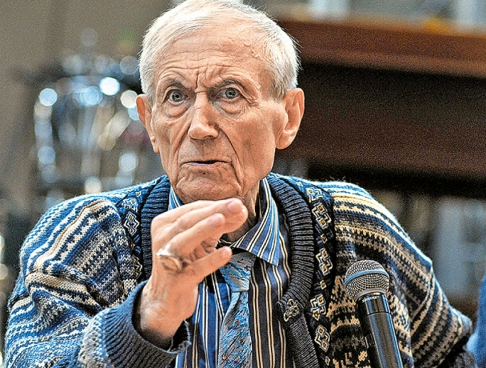 an analysis of babi yar by yevgeni yevtushenko A lecture on modern poetry was a paper by t e hulme which was read to the poets' club around the  babi yar in poetry :  enid starkie and yevgeni yevtushenko.