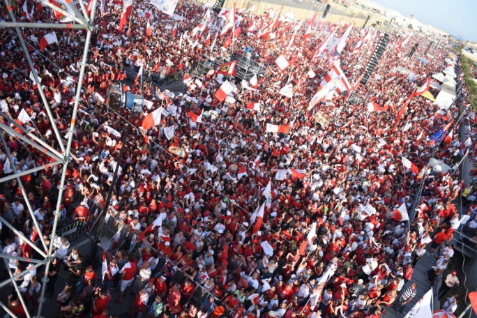 Thousands of Labour supporters in Hal Far for final mass meeting (Photography: Chris Mangion/MediaToday)
