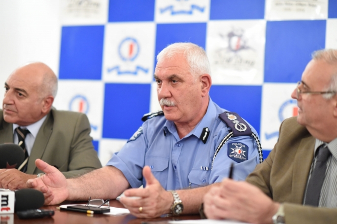 Former acting police commissioner Ray Zammit briefs reporters on the sicilian's arrest. Photo Ray Attard