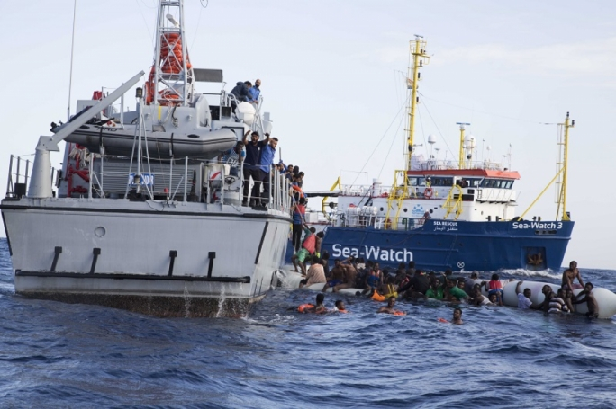 Rescue ship heads to Italian port to disembark 47 migrants
