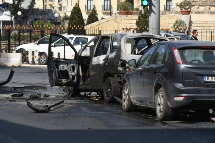 Romeo Bone survived a car bomb explosion in Msida but lost both his legs. His criminal record suggests this was an act of gangland vendetta