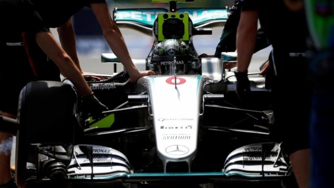 Nico Rosberg (GER) Mercedes-Benz F1 W07 Hybrid at Formula One World Championship, Rd8, European Grand Prix, Qualifying, Baku City Circuit, Baku, Azerbaijan