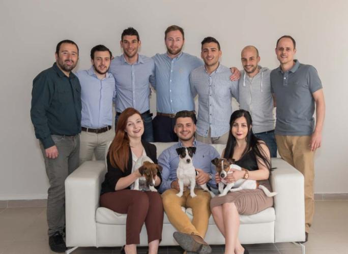 The team at Yobetit