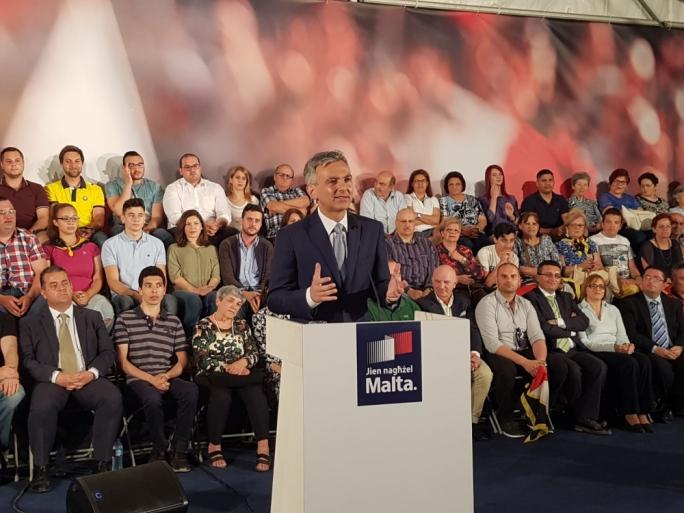 PN leader Simon Busuttil addresses supporters in Hal-Zebbug