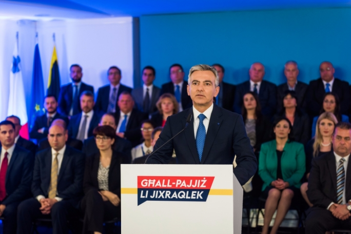 Opposition leader Simon Busuttil insisted that Joseph Muscat must resign
