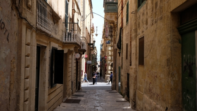 The building is situated in Strait Street, Valletta