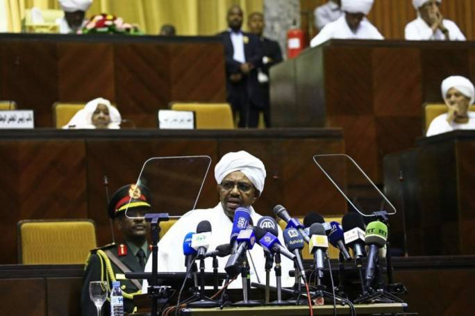 Bashir orders release of 'all political detainees'