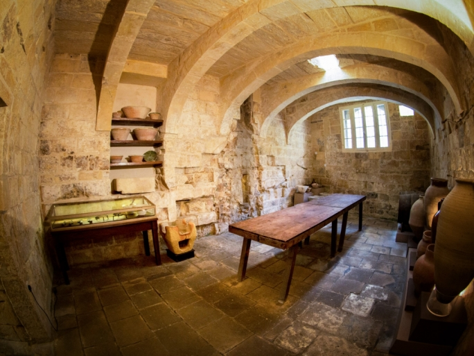 The historical kitchen at the Inquisitor's Palace