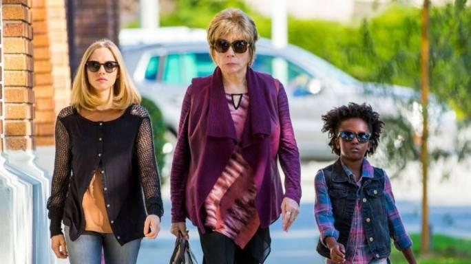 Three's company: Amanda Seyfriend, Shirley MacLaine and AnnJewel Lee Dixon