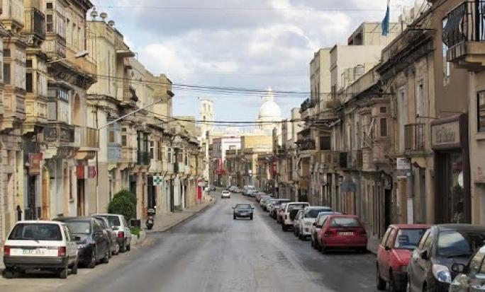 The applicant's premises are situated in Triq il-Kbira San Guzepp, Hamrun