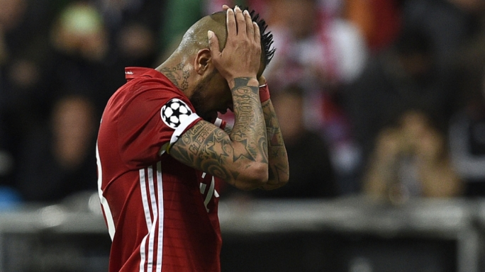 Arturo Vidal's reaction after missing a penalty