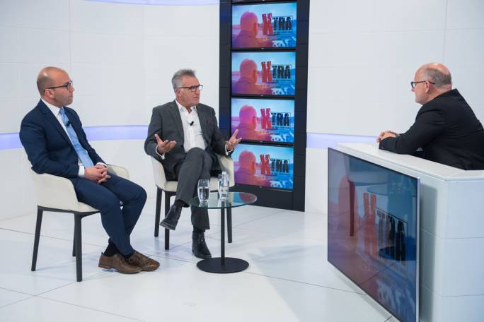Political commentators Frank Psaila and Manuel Micallef discuss the Daphne Project allegations on Xtra
