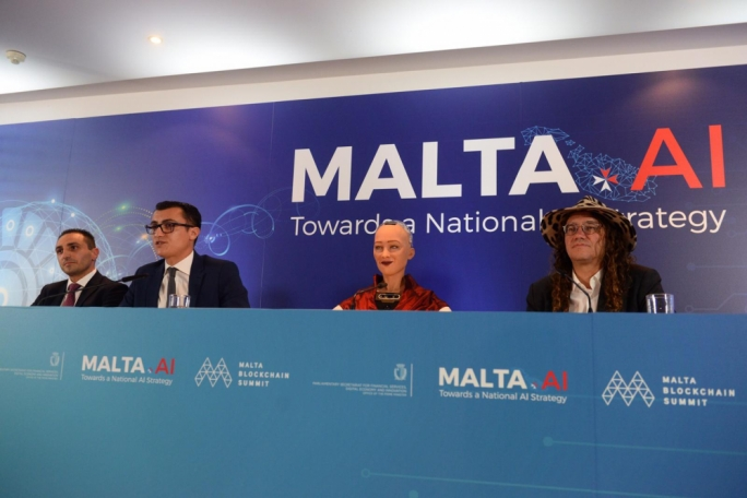 [WATCH] Malta to study whether robots can be granted 'citizenship'