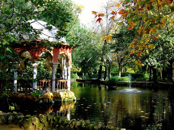 The Maria Luisa Park is Seville's largest green area