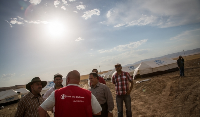 Karl Schembri speaks to refugees in Erbil, Iraq (C) Save The Children