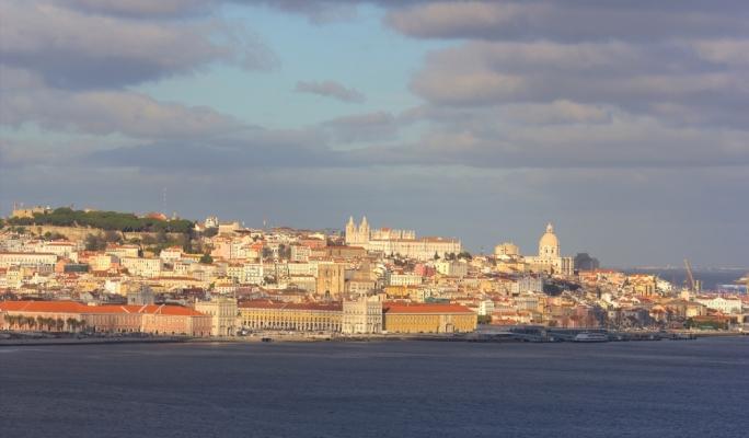 Lisbon, Visto Almada