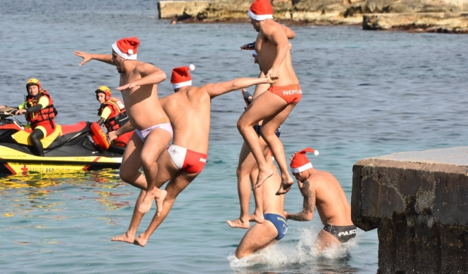 A record 330 swimmers took part in the annual Thomas Smith Charity Swim to help collect €14,000 in aid of the Malta Community Chest Fund • Photos: David Caruana Dingli